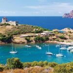 corse-sauvage-girolata-corsica-village-typique-bateau-mer-plage-isole-travel-for-you