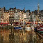 honfleur-port-ville-typique-normandie-maison-france-travel-for-you