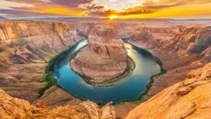 horseshoe-grand-canyon-lake-powell-riviere-coucher-de-soleil-ouest-etats-unis-travel-for-you