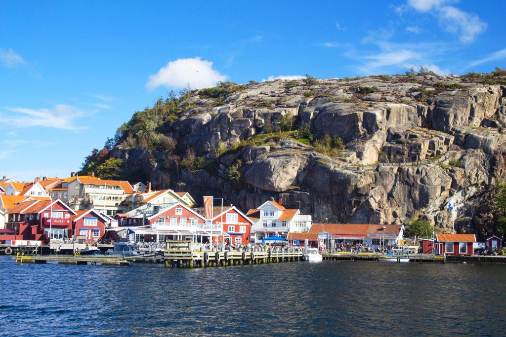La Côte Ouest de la Suède, un port avec des maison colorée - Norvege Suede ou Finlande